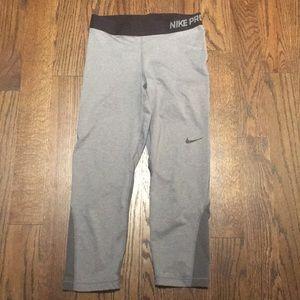 Grey capri Nike Pro legging size Medium